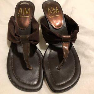 Ann Marino sandals with kitten heel in brown